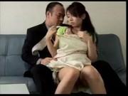 夫がいない自宅で不貞を続ける妻のいけない関係動画像無料
